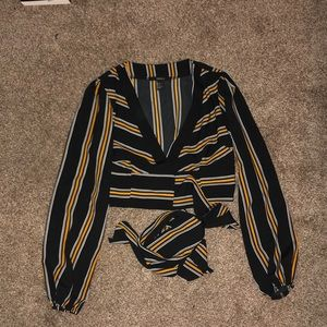 Never worn Forever 21 wrap crop top